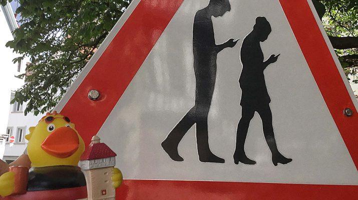 Das Smombieschild könnte bald Reutlingens neuer Souvenirartikel werden