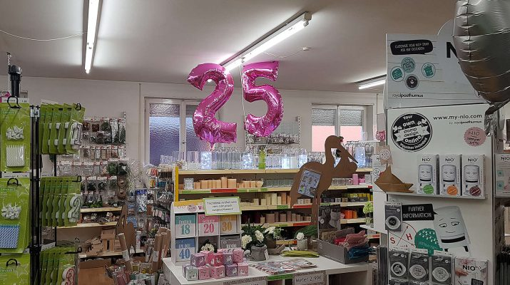 Der Basteltreff feiert 25. Geburtstag