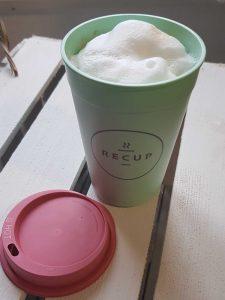 Coffee-to-go im Recup-Mehrwegbecher